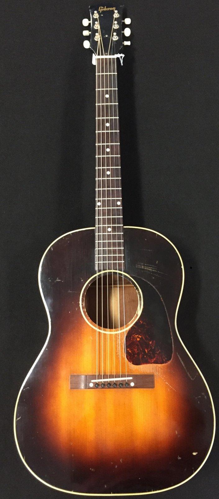 Gibson LG-2 vintage 1953