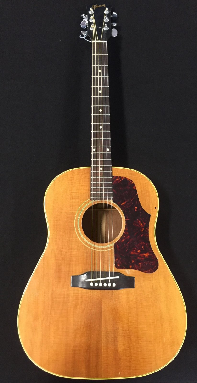 Gibson J-50 vintage 1963