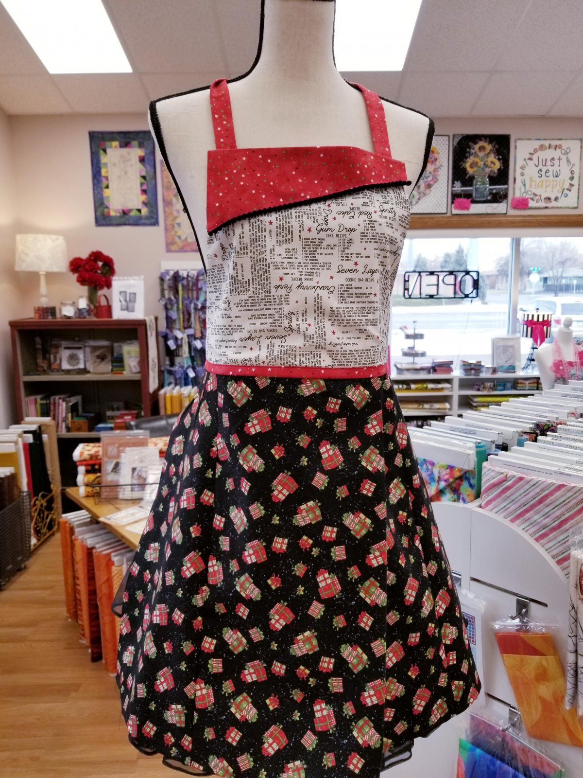 Trendy Christmas Apron Kit