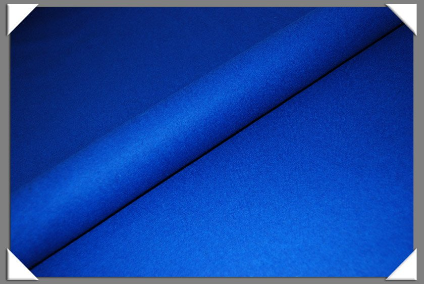 100% Wool Royal Blue (2031)