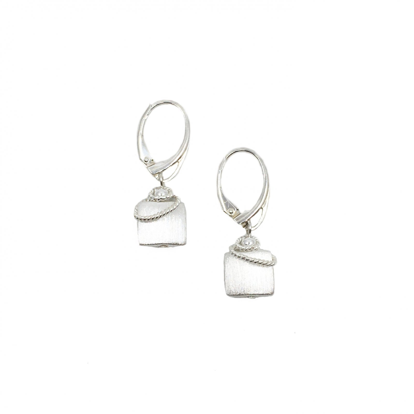 Naomi Square Twist Earrings