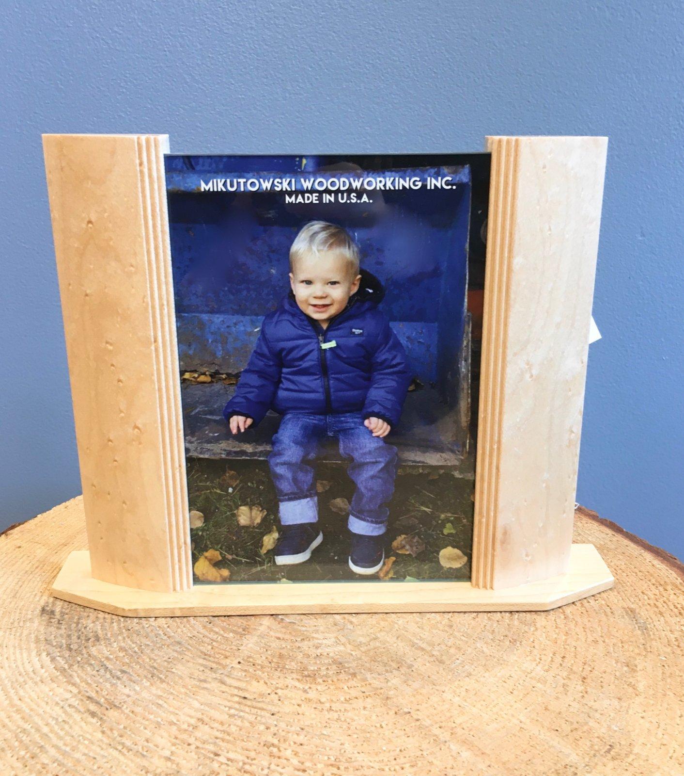 Mikutowski 5x7 Wood Frame - Birdseye Maple