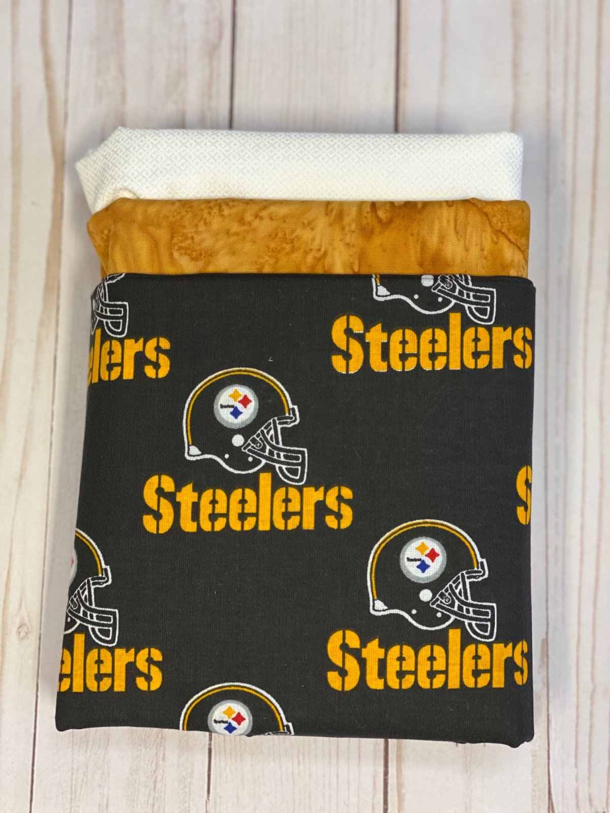 NEW Pittsburgh Steelers Fabric - 3 Yard Bundle