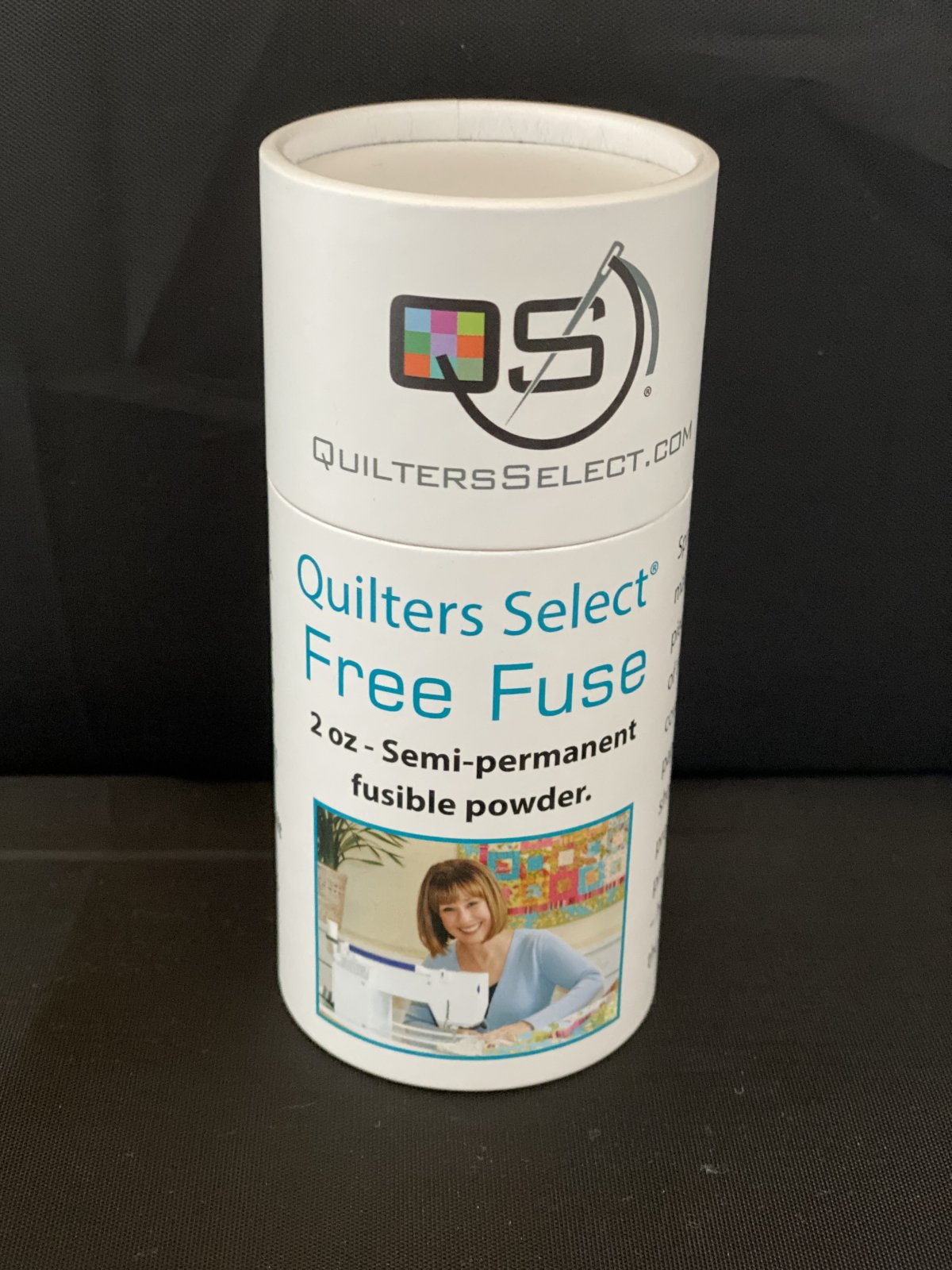 Quilter's Select Free Fuse  2 oz Semi-Permanent Fusible Powder  QS-FF2OZ