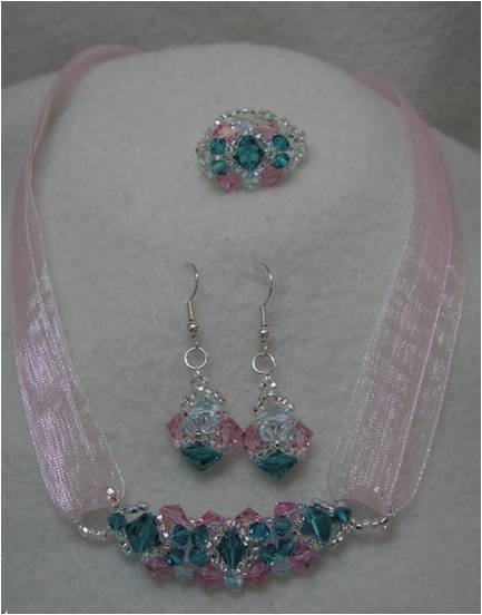 INS121 Crystal Bling Set Necklace and Earrings
