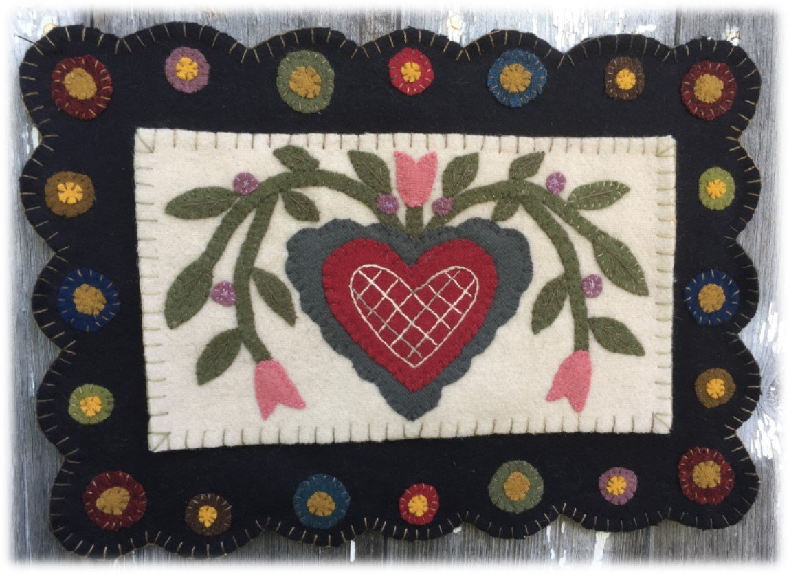 HEARTS & TULIPS ENTWINED PATTERN