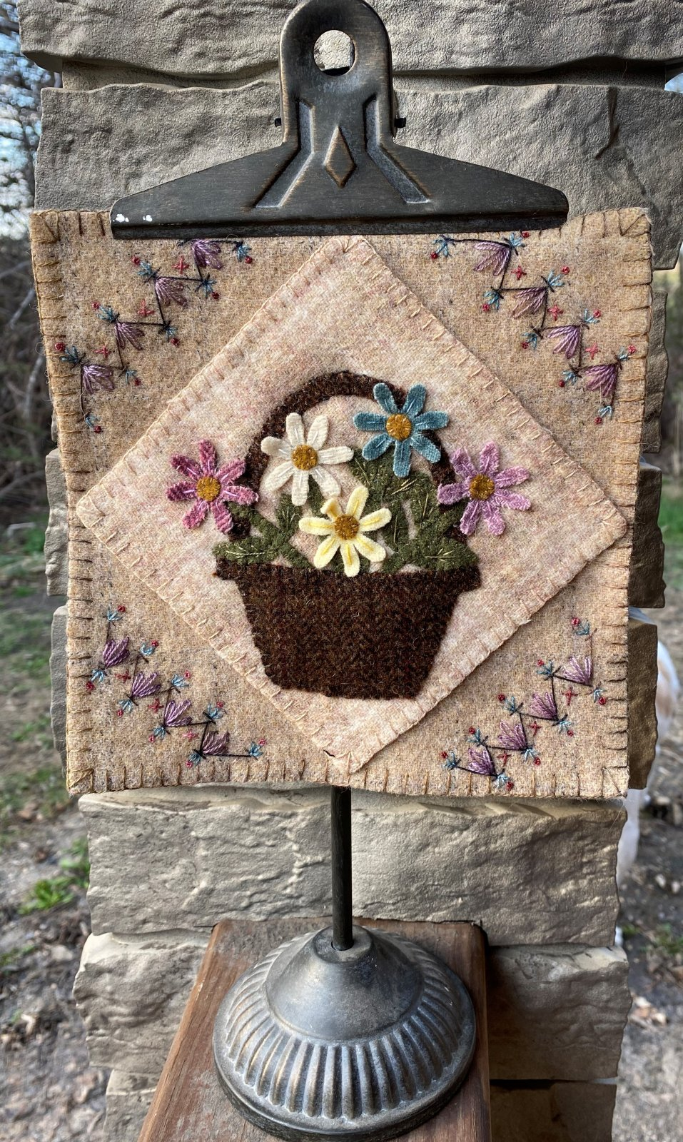 BASKET OF BLOOMS DOWNLOADABLE PATTERN