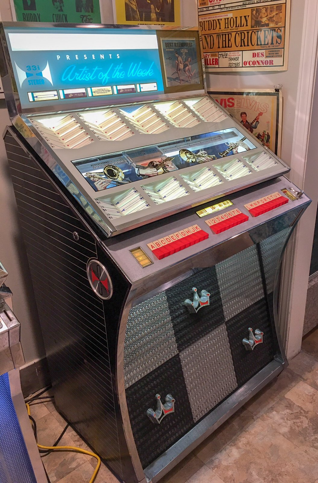 Vintage 1961 Seeburg AY160 Jukebox