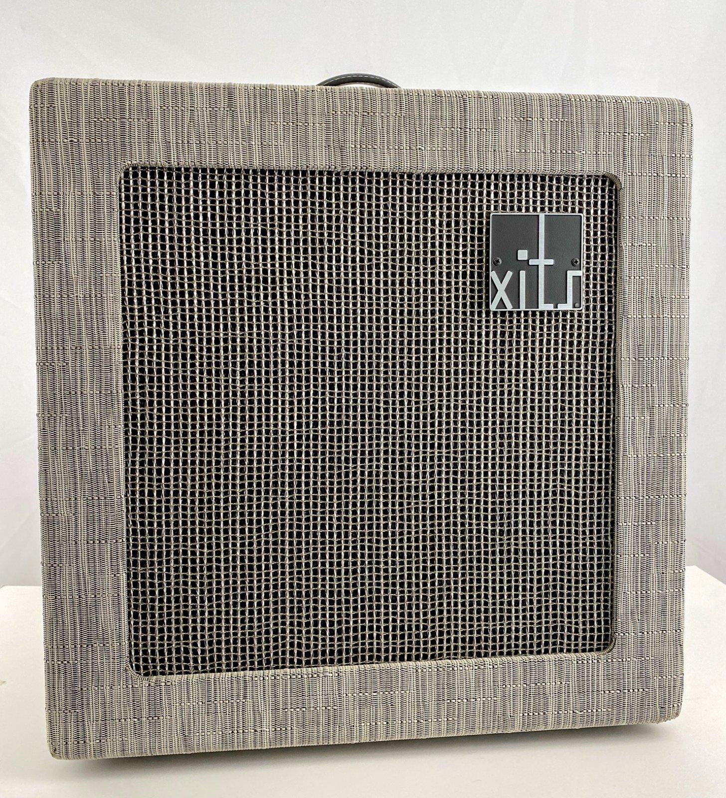 2012 Xits X10 1x12 combo amp