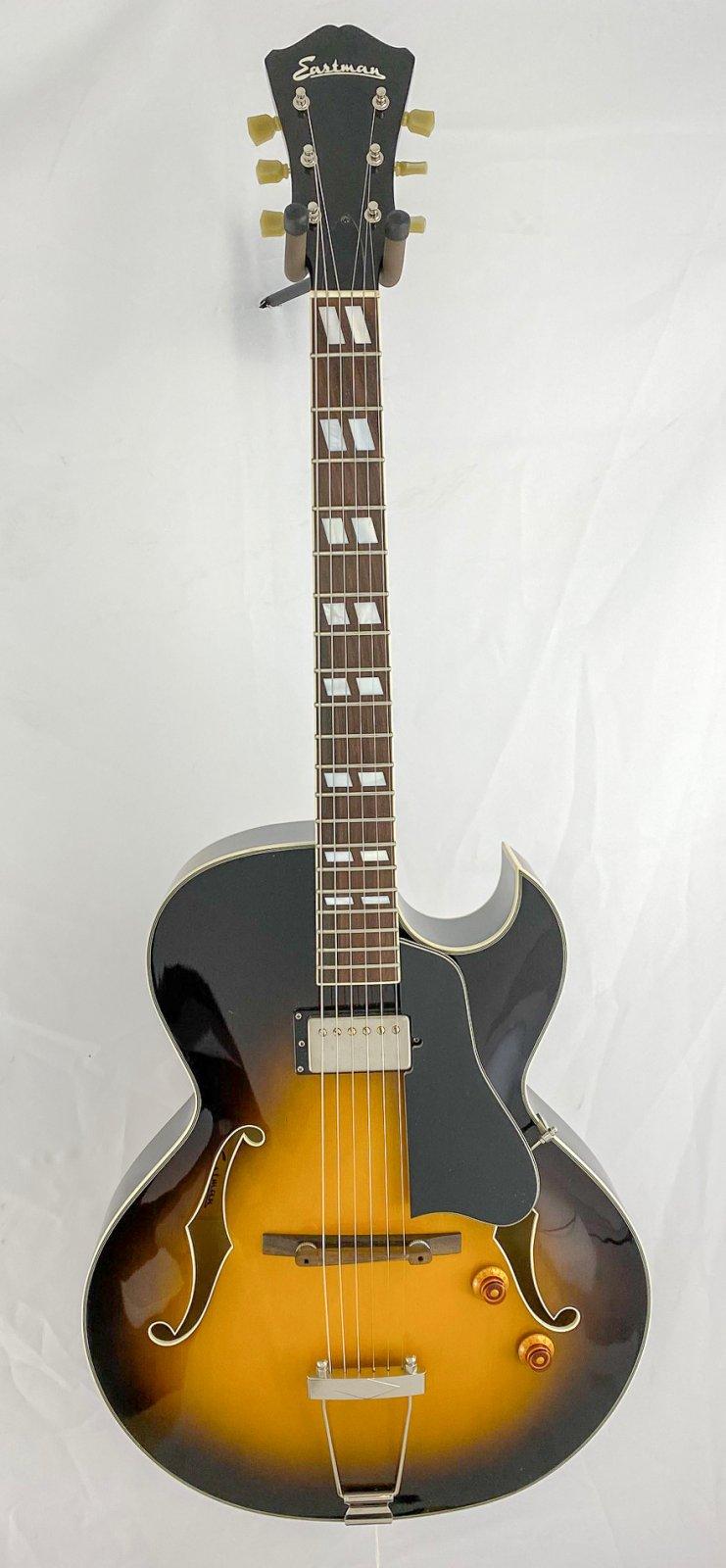 Eastman AR371CE w/OHSC
