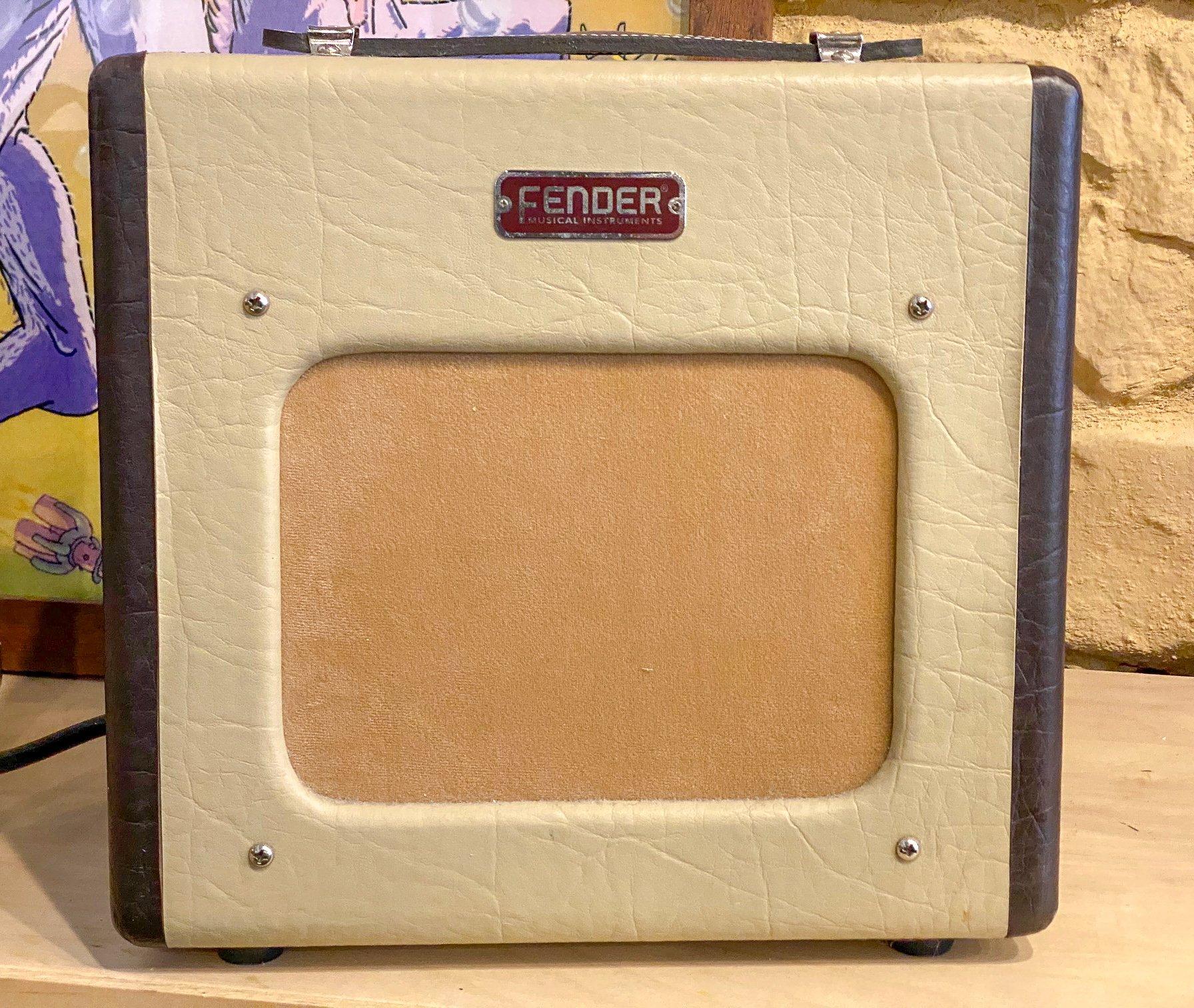 Fender Champion 600 5w 1x6 tube combo