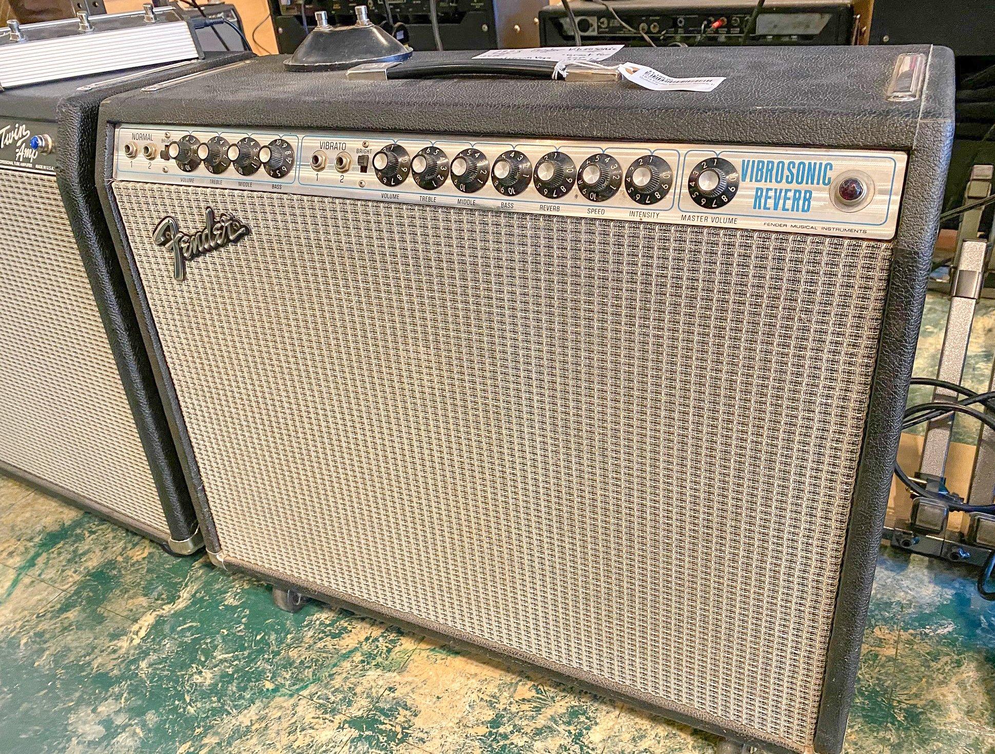 1973 Fender Vibrosonic Reverb 1x15 combo