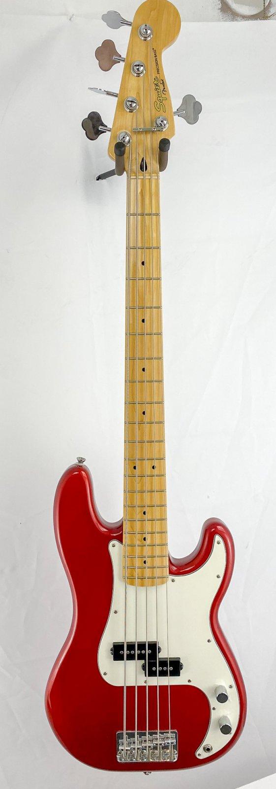 Squier 5-string Precision Bass w/gigbag