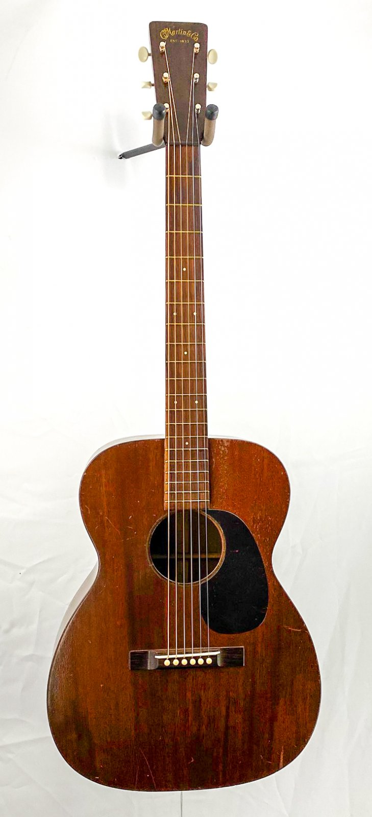 Vintage ONE OWNER 1946 Martin 00-17