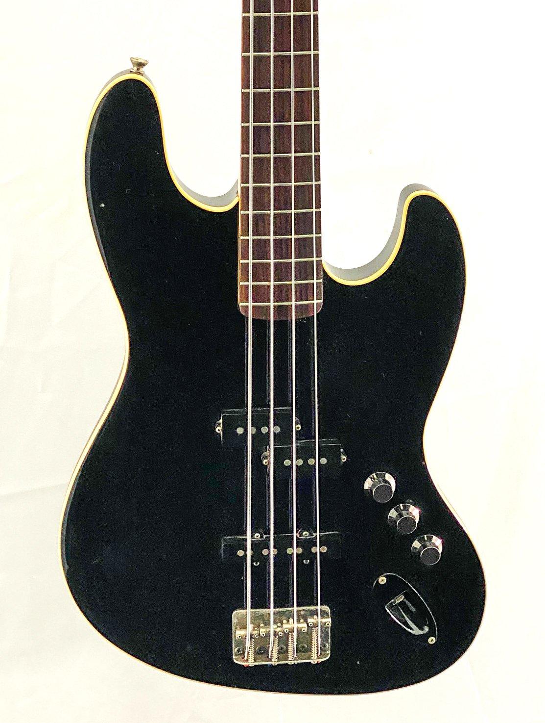 2002 Fender Aerodyne Jazz Bass - original run CIJ - w/case