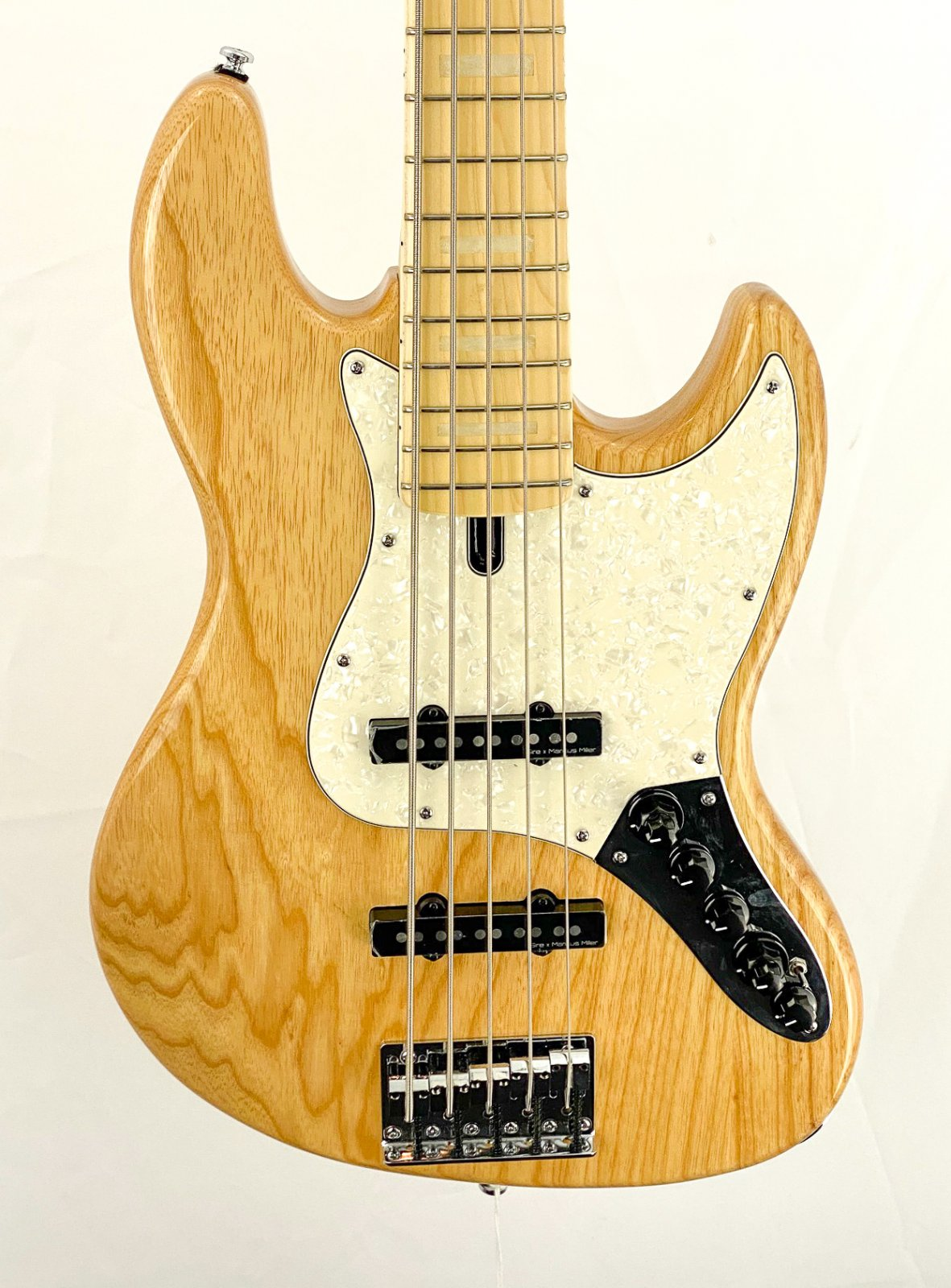 Marcus Miller V7 5-string bass - ash