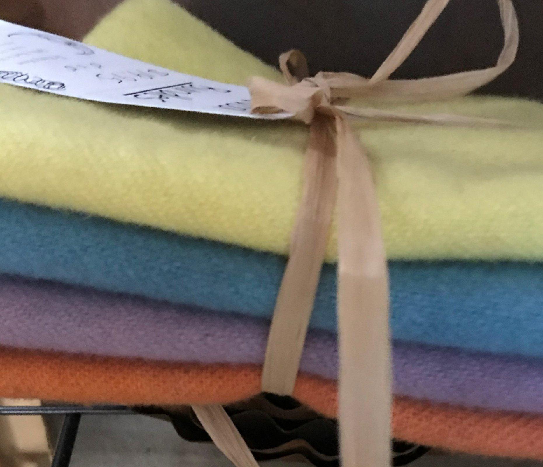 Spring Wool Bundle-10 x 10