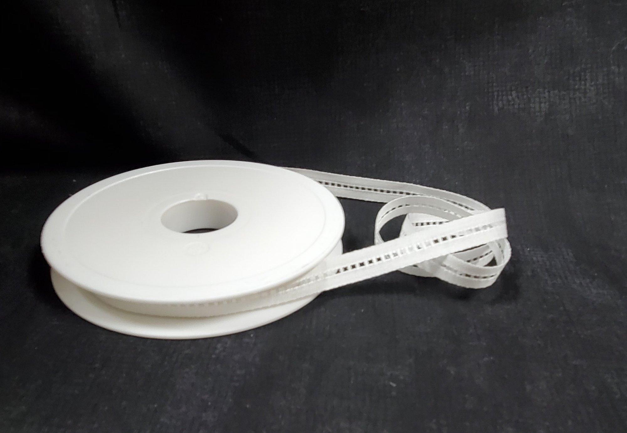 Jour Echelle Cotton Trim 2mm White c1