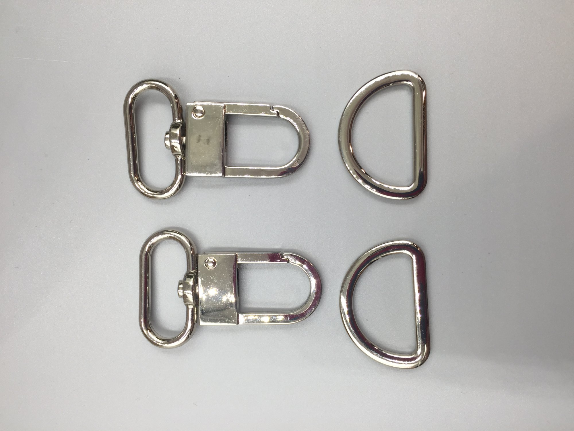 1 Swivel Hook Set - Shiny Nickel