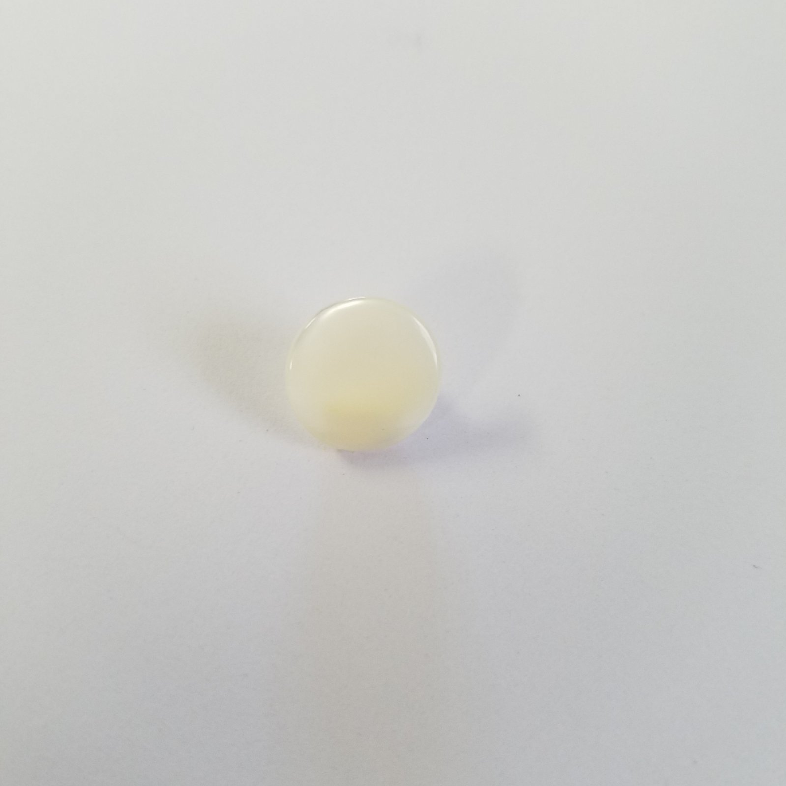11 MM Small Round Pearl Finish Flat Button