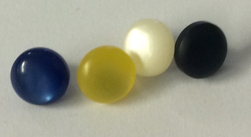 8 mm Heirloom Shank sewing buttons
