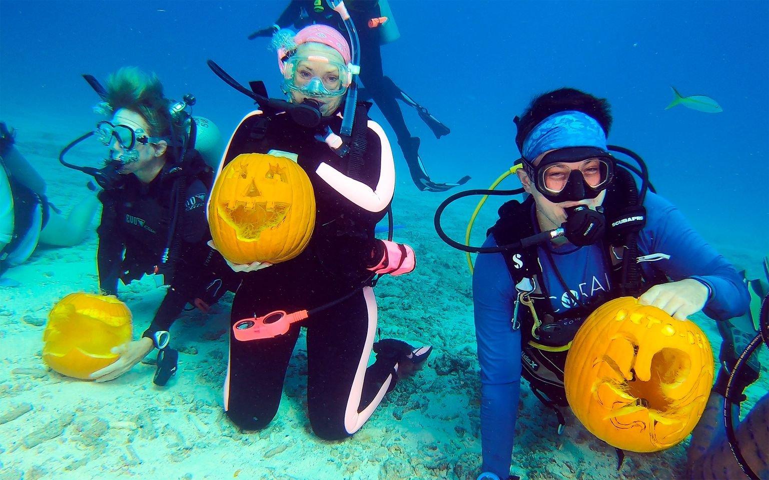 Underwater Pumpkin Carving Contest at Lake Denton - 10/23/21