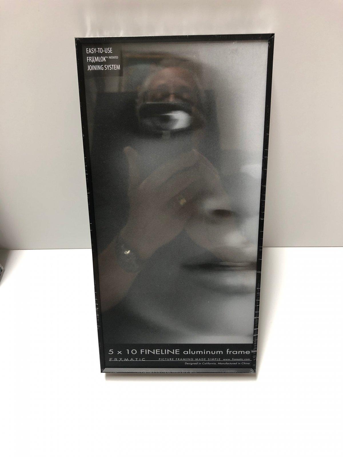 Framatic 5 x 10 Black Metal Readymade Frame