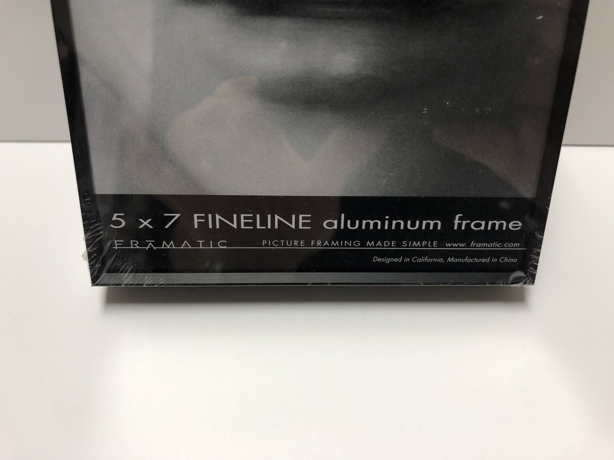Framatic Fineline 5 x 7 Metal Readymade Frame