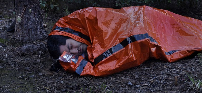 REUSABLE EMERGENCY SLEEPING BAG