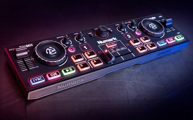 Numark DJ2GO2 - Pocket DJ Controller with Audio Inferface