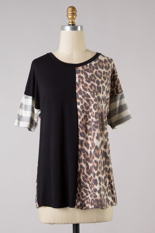 Curvy Split Leopard Top