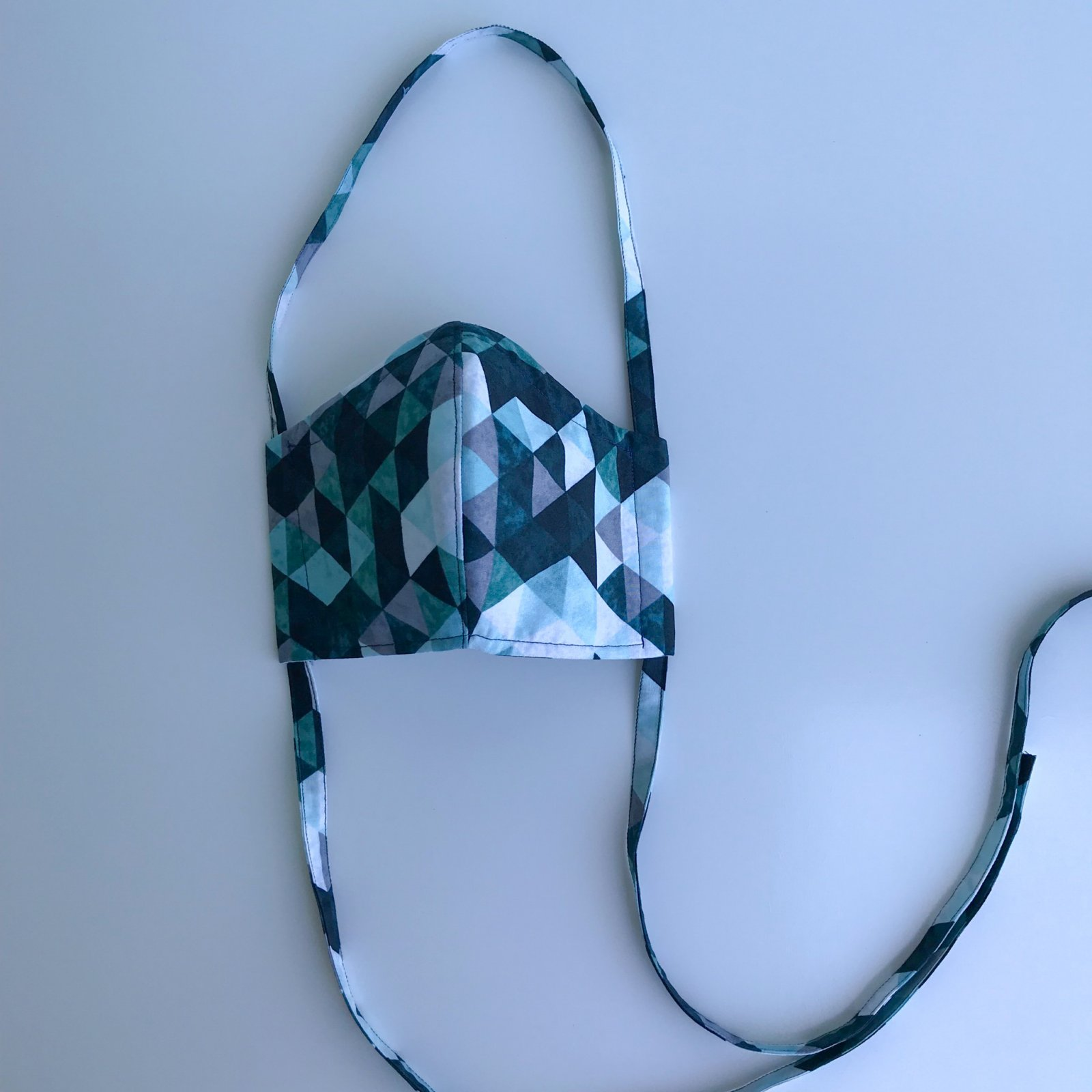 Fitted Face Mask - Teal / Black Geometric