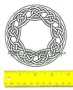 9 Knot Wreath Stamp
