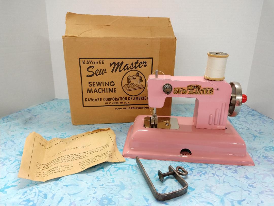TSM Kay an EE, Sew Master - Pink w/ Box