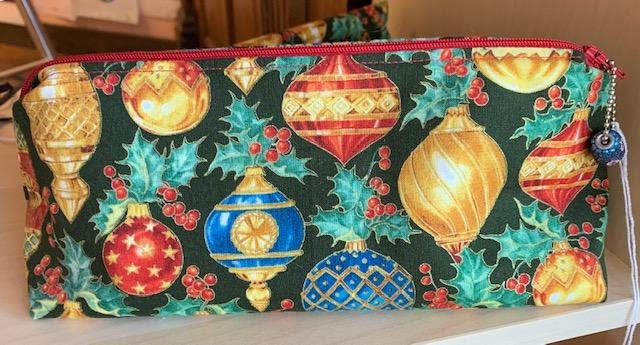 Bag, Zippered Christmas Print Pouch