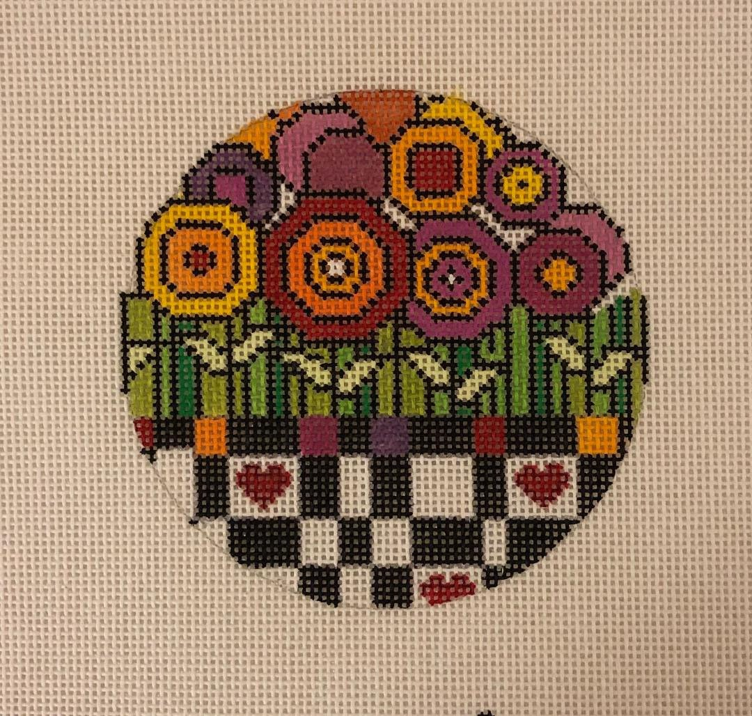 Ornament, Flowers and Hearts Round