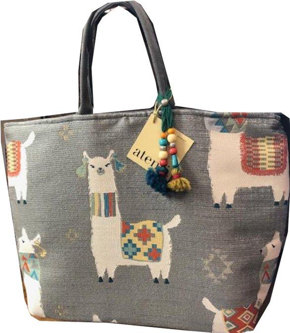 Tote, Llamas on Gray