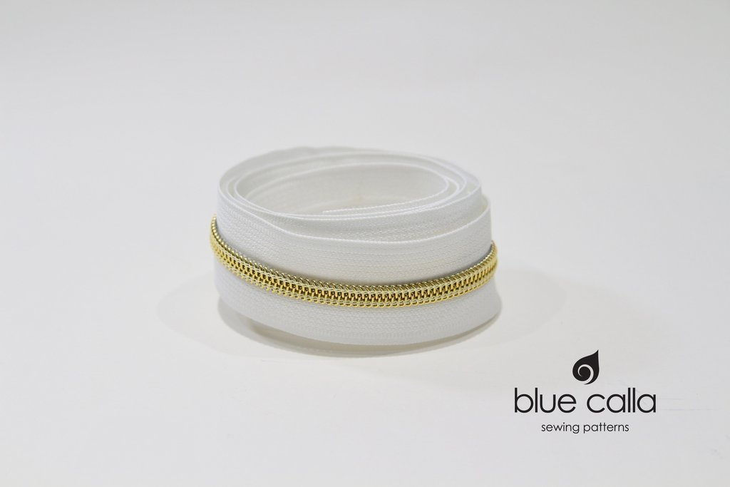 Blue Calla - #5 Metallic Nylon Coil Zipper - 1m - White/Gold