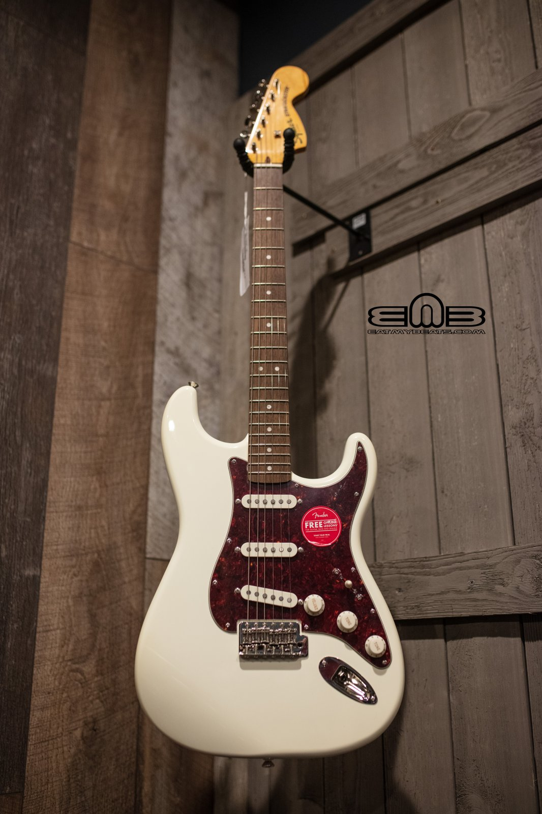 Fender Squier Classic Vibe '70s Stratocaster Guitar, Laurel Fingerboard, Olympic White 0374020501