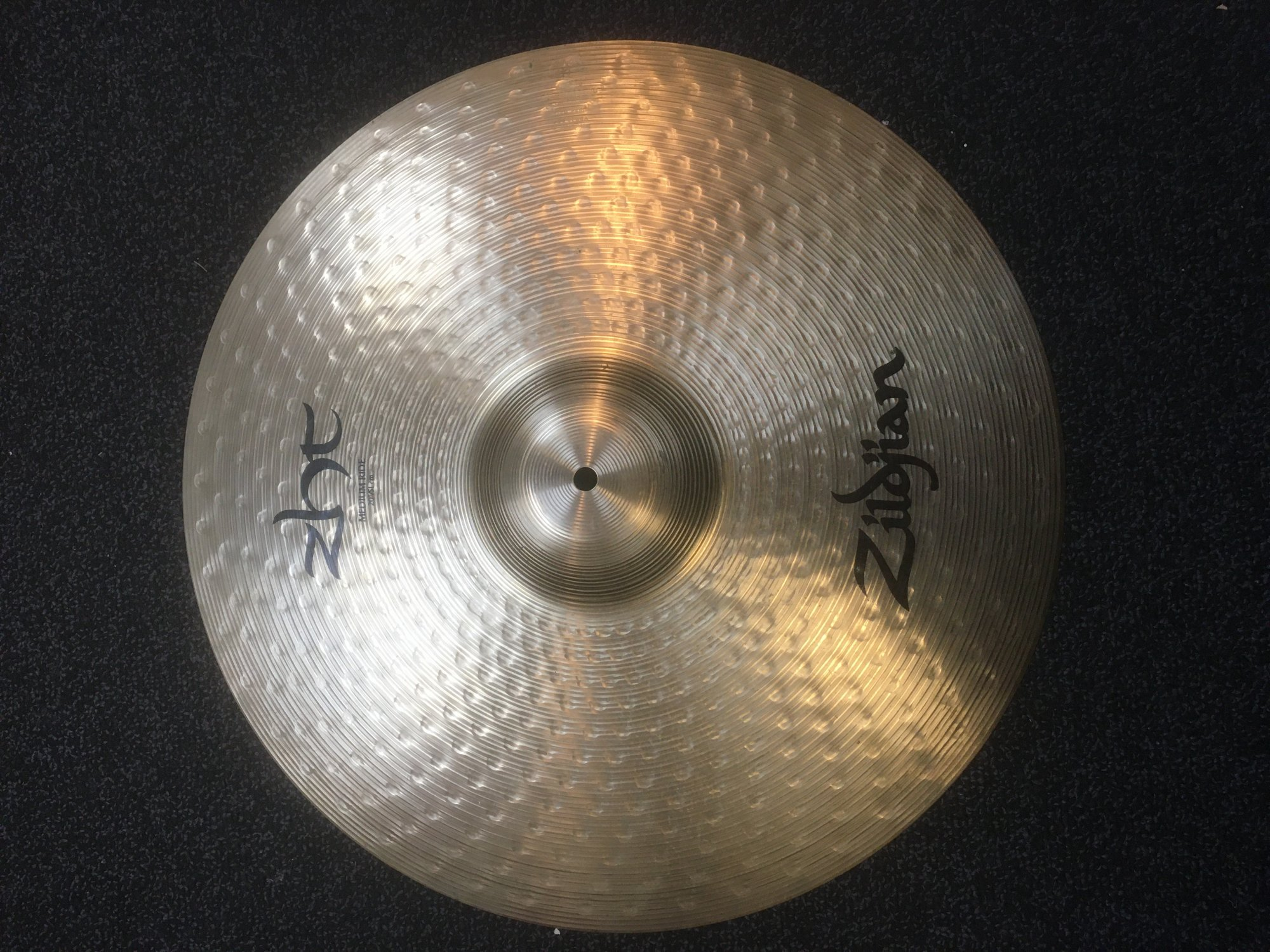 Zildjian ZHT20R 20 ZHT Medium Ride Cymbal - USED