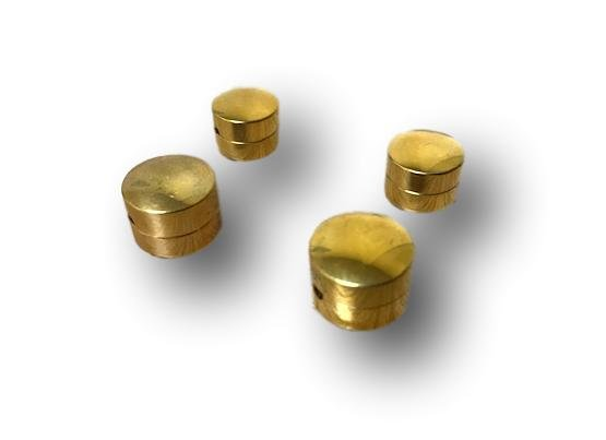 Wolf Eliminator Button Gold Plated - Cello