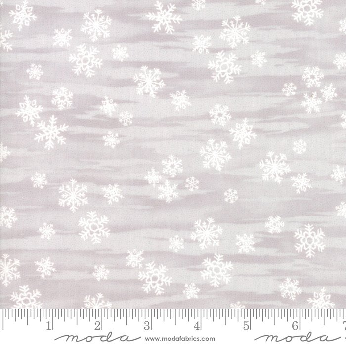 Fabric Forest Frost Glitter Silver / White Snowflakes