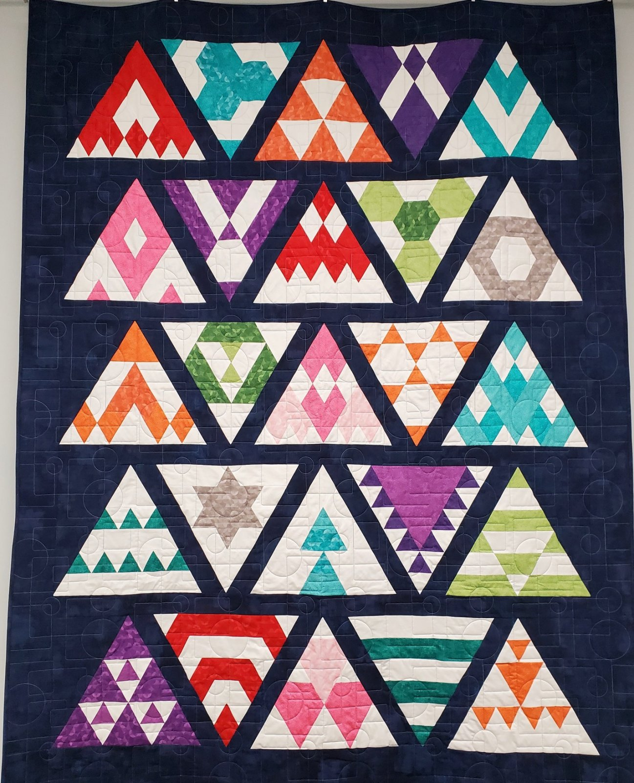 Block of the Month - Modern Triangle Sampler