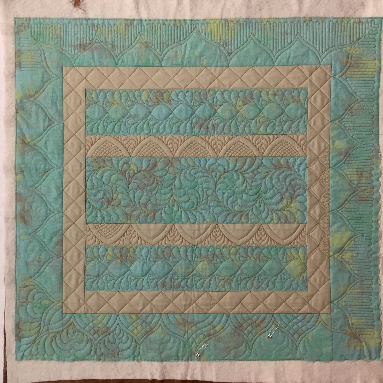 Amy's Amish Bars Quilt Kit