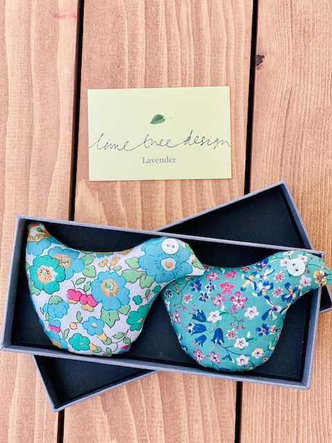 Box of 2 Lavender Bird Sachets (Greens)