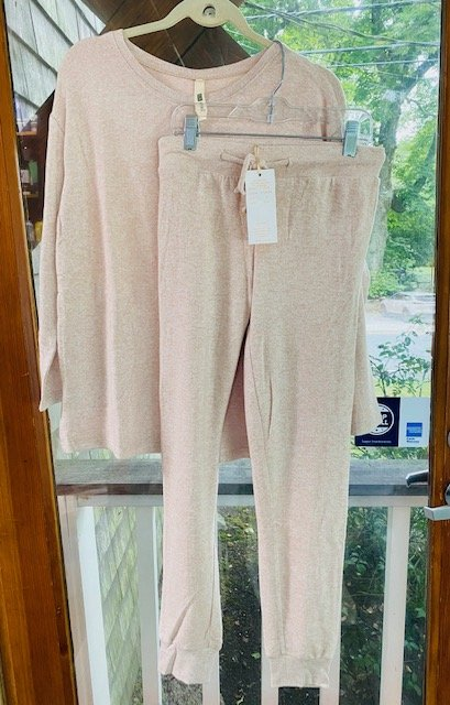 La Cera Comfort Collection Set - Crew & Jogger in Taupe