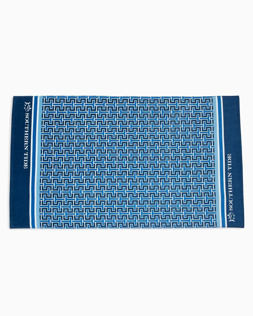 Southern Tide Signature Print Beach Towel Blue #2146