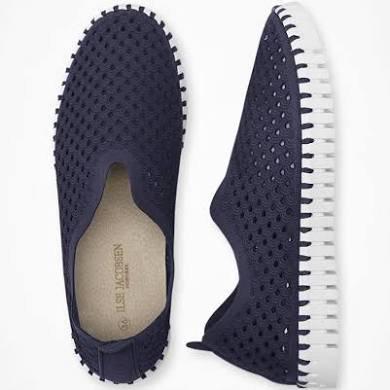 Tulip Slip On Shoe Navy / White Sole