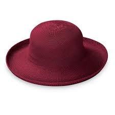 Victoria Hat Cranberry