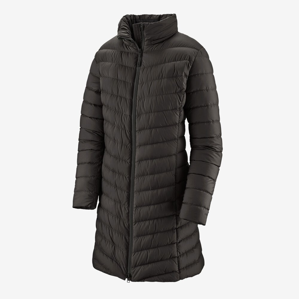 W's Patagonia Silent Down Parka in Black